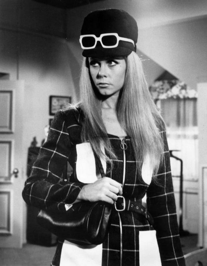 Elizabeth_montgomery_bewitched_1968